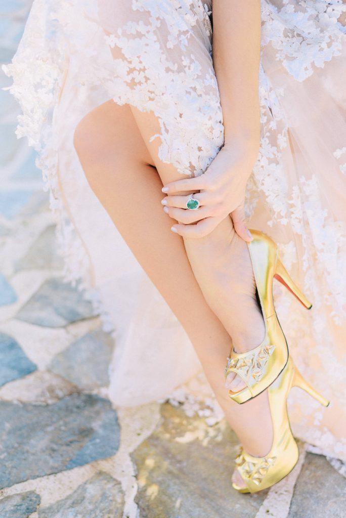 Νυφικά παπούτσια Louboutin Island Club φωτογράφηση