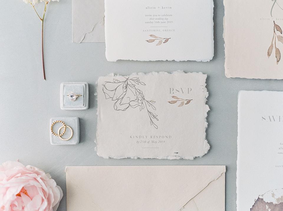 Προσκλήσεις γάμου RSVP σε χειροποίητο χαρτί